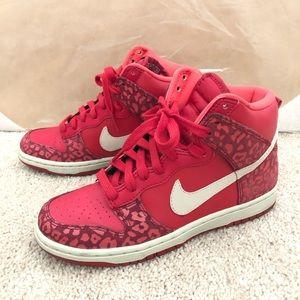 NIKE Dunk High Skinny Red Leopard